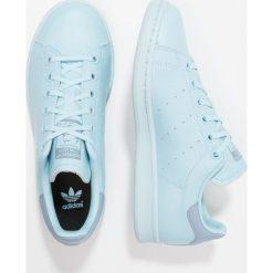 Adidas Originals STAN SMITH  Tenisówki i Trampki ice blue/ice blue/tactile blue. Niebieskie tenisówki męskie marki adidas Originals, z materiału. W wyprzedaży za 161,40 zł.