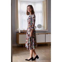 8ae8402171735 Sukienki damskie - Kolekcja lato 2019 - myBaze.com