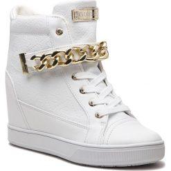 Sneakersy GUESS - FLFLR4 FAL12 WHITE. Białe sneakersy damskie Guess, z materiału. Za 629,00 zł.