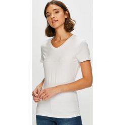 Guess Jeans - Top. Szare topy damskie Guess Jeans, l, z aplikacjami, z bawełny. Za 169,90 zł.