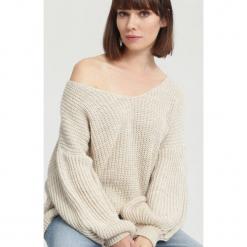 Kremowy Sweter Below. Brązowe swetry klasyczne damskie other, na jesień, uniwersalny. Za 69,99 zł.