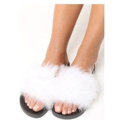 Chodaki damskie: Białe Klapki Plushie