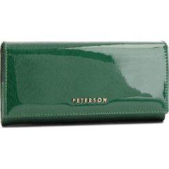 Duży Portfel Damski PETERSON - 807-14-05-13 Green. Zielone portfele damskie Peterson, z lakierowanej skóry. Za 139,00 zł.