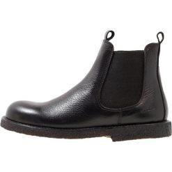 ANGULUS Botki black. Czarne buty zimowe damskie ANGULUS, z materiału. W wyprzedaży za 384,30 zł.
