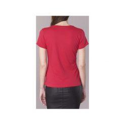 T-shirty z krótkim rękawem Guess  CHAZUN. Czerwone t-shirty damskie Guess, s. Za 143,20 zł.