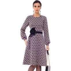 Sukienki: Sukienka w kolorze brązowym ze wzorem