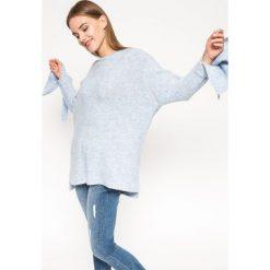 Medicine - Sweter Grey Earth. Szare swetry klasyczne damskie marki MEDICINE, l, z dzianiny, z okrągłym kołnierzem. W wyprzedaży za 79,90 zł.
