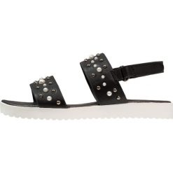 Next EFFECT STUD OLDER GIRLS Sandały black. Czarne sandały chłopięce marki Next, z materiału. Za 169,00 zł.