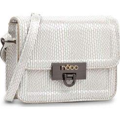 Torebka NOBO - NBAG-D4171-C000 Biały Z Multicolorem. Białe listonoszki damskie marki Nobo, ze skóry ekologicznej. W wyprzedaży za 119,00 zł.