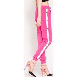 Spodnie dresowe damskie: Fuksjowe Spodnie Dresowe Long Way