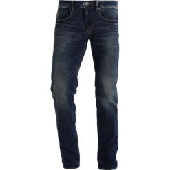 S.Oliver RED LABEL POWER FLEX Jeansy Slim Fit blue denim. Czerwone jeansy męskie relaxed fit marki s.Oliver RED LABEL, z materiału. Za 299,00 zł.