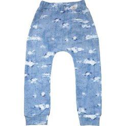 Spodnie przecierany jeans 68-134 / BUGZY. Czerwone jeansy chłopięce marki Pakamera. Za 69,00 zł.