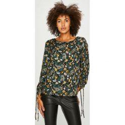 Medicine - Bluzka Vintage Revival. Czarne bluzki nietoperze marki MEDICINE, l, z tkaniny, casualowe, z dekoltem w łódkę. Za 99,90 zł.