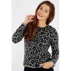 """Sweter """"Intello"""" w kolorze szaro-czarnym. Czarne swetry klasyczne damskie Scottage, z wełny, z okrągłym kołnierzem. W wyprzedaży za 86,95 zł."""