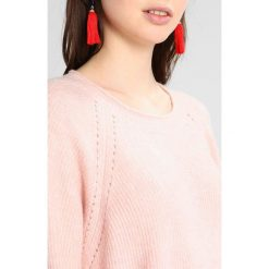 Swetry damskie: Vila VISIMI Sweter peach blush