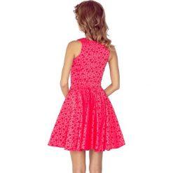 Veronica Sukienka KOŁO - dekolt łódka - ŻAKARD KÓŁECZKA - malinowa. Różowe sukienki na komunię marki numoco, l, z dekoltem w łódkę, oversize. Za 189,90 zł.