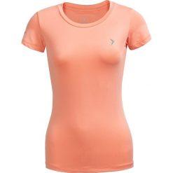 Koszulka treningowa damska TSDF600 - pudrowy koral - Outhorn. Pomarańczowe bluzki z odkrytymi ramionami Outhorn, z materiału. W wyprzedaży za 29,99 zł.