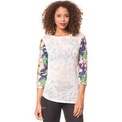 Koszulka w kolorze białym ze wzorem. Białe bluzki sportowe damskie Desigual Sport, s, z nadrukiem, z długim rękawem. W wyprzedaży za 130,95 zł.