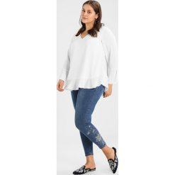 New Look Curves EMBELLISHED FLORAL SKINNY Jeans Skinny Fit mid blue. Niebieskie jeansy damskie New Look Curves, z bawełny. Za 209,00 zł.