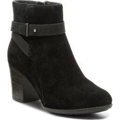 Botki CLARKS - Enfield Sari 261288444 Black Suede. Czarne buty zimowe damskie marki Clarks, z materiału. W wyprzedaży za 289,00 zł.