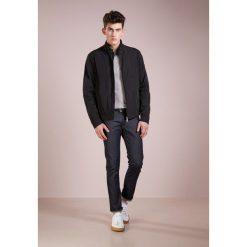 Peuterey JACKAL Kurtka wiosenna black. Szare kurtki męskie marki FOX, z bawełny. W wyprzedaży za 567,60 zł.