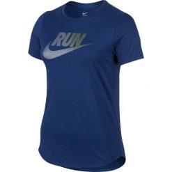 Koszulka Nike RUN P W IRRIDESCENT TEE (804606-455). Białe bluzki damskie marki Adidas, z bawełny, z długim rękawem, długie. Za 78,99 zł.