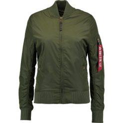 Alpha Industries Kurtka Bomber dark green. Zielone bomberki damskie marki Alpha Industries, l, z materiału. W wyprzedaży za 575,20 zł.