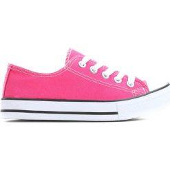Fuksjowe Trampki I Feel It. Różowe buty sportowe dziewczęce Born2be, z materiału, z okrągłym noskiem, na sznurówki. Za 29,99 zł.