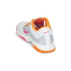 Buty do tenisa  Nike  AIR ZOOM ULTRA W. Białe buty do tenisu damskie Nike. Za 307,30 zł.