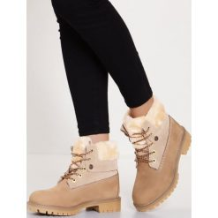 Darkwood Botki sznurowane beige. Brązowe buty zimowe damskie Darkwood, z materiału, na sznurówki. W wyprzedaży za 335,20 zł.