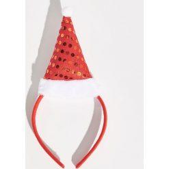 Świąteczna opaska do włosów - Czerwony. Czerwone ozdoby do włosów marki Sinsay. Za 12,99 zł.
