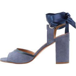 Buty damskie: mint&berry Sandały na obcasie blue
