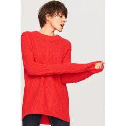 Sweter oversize - Czerwony. Białe swetry oversize damskie marki Reserved, l, z dzianiny. Za 139,99 zł.