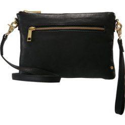 DEPECHE SMALL BAG Kopertówka black. Czarne puzderka marki DEPECHE. Za 369,00 zł.