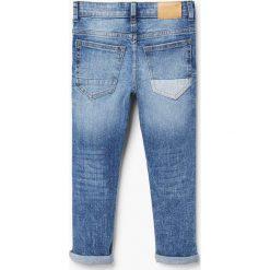 Mango Kids - Jeansy dziecięce john 104-164 cm. Szare jeansy męskie z dziurami marki Mango Kids, w paski, z bawełny, z klasycznym kołnierzykiem. Za 69,90 zł.