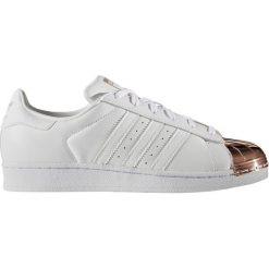 """Buty adidas Superstar Metal Toe """"Copper Metallic"""" (BY2882). Czarne buty sportowe damskie marki Adidas, z kauczuku. Za 199,99 zł."""