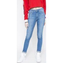 Pepe Jeans - Jeansy Regent. Szare jeansy damskie rurki Pepe Jeans, z aplikacjami, z bawełny, z podwyższonym stanem. W wyprzedaży za 199,90 zł.