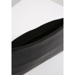 Puzderka: Calvin Klein STATEMENT Kopertówka black