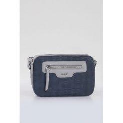 Torebka z kolorowym paskiem. Szare torebki klasyczne damskie Monnari, w kolorowe wzory, ze skóry, małe, z kolorowym paskiem. Za 104,50 zł.