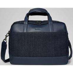Skórzana torba w kolorze granatowym na laptopa - 45 x 42 x 12 cm. Niebieskie torby na laptopa marki Marc O'Polo, w paski, z bawełny. W wyprzedaży za 409,95 zł.