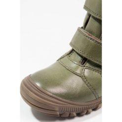 Froddo Śniegowce dark green. Niebieskie buty zimowe chłopięce marki Froddo, z materiału, na wysokim obcasie. W wyprzedaży za 259,35 zł.