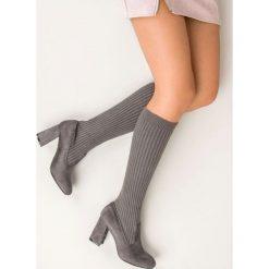 Buty zimowe damskie: DOPASOWANE KOZAKI SZARE