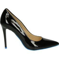 Czółenka - 4700 F2S7 NER. Czarne buty ślubne damskie Venezia, ze skóry. Za 299,00 zł.
