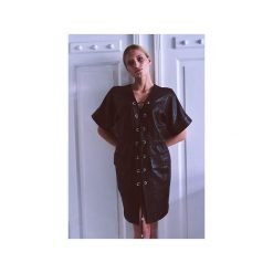 Sukienka Emma. Czarne sukienki balowe marki Element, l, z dresówki, z klasycznym kołnierzykiem, sportowe. Za 490,00 zł.