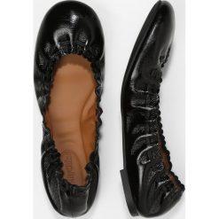 See by Chloé Baleriny black. Czarne baleriny damskie See by Chloé, z materiału. Za 899,00 zł.