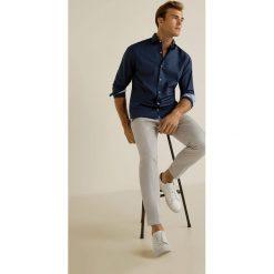 Mango Man - Koszula Xaloc. Szare koszule męskie na spinki marki Mango Man, l, z bawełny, z włoskim kołnierzykiem, z długim rękawem. W wyprzedaży za 99,90 zł.