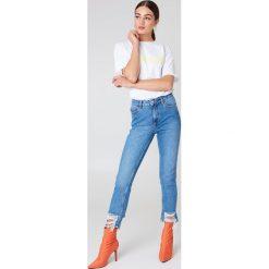 NA-KD Jeansy z rozdarciami - Blue. Niebieskie jeansy damskie NA-KD, z podwyższonym stanem. Za 202,95 zł.