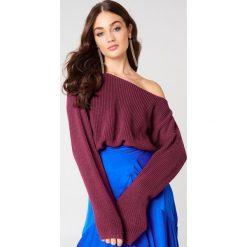 Swetry klasyczne damskie: Josefin Ekström for NA-KD Krótki sweter z dzianiny – Red,Purple
