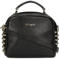 Czarna torba do ręki. Czarne torebki klasyczne damskie Kazar, w paski, ze skóry. Za 699,00 zł.