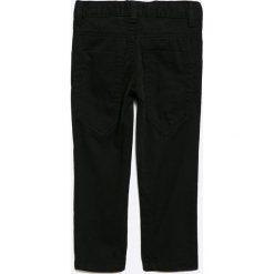 Blue Seven - Jeansy dziecięce 92-128 cm. Niebieskie spodnie chłopięce Blue Seven, z haftami, z bawełny. W wyprzedaży za 39,90 zł.